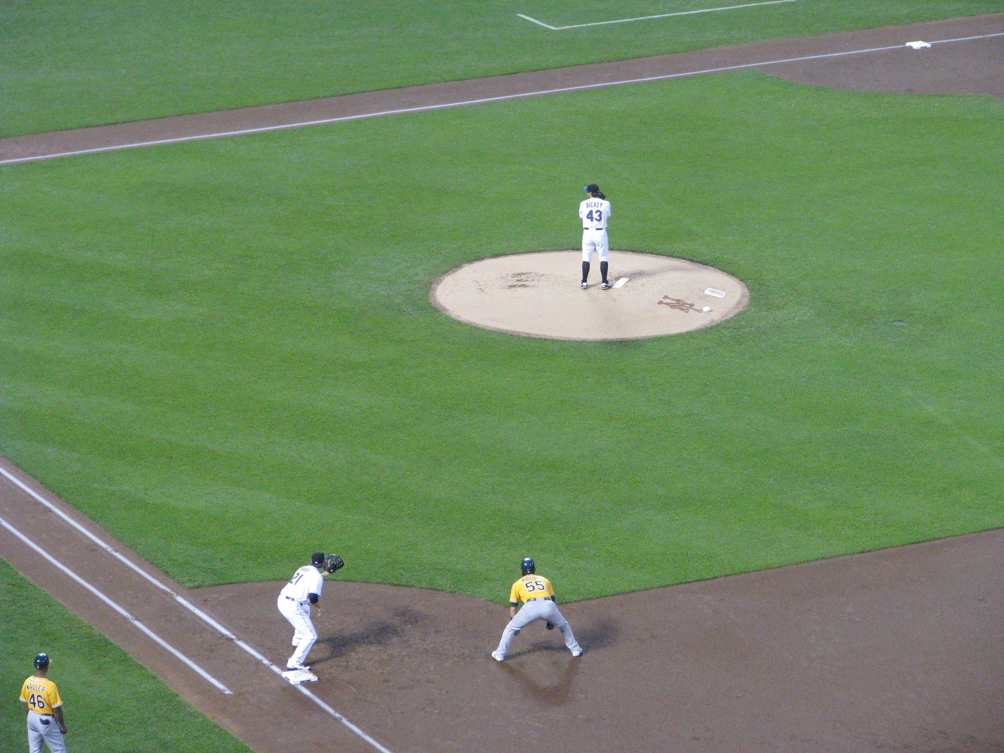 R.A. Dickey pitching for the Mets in 2011